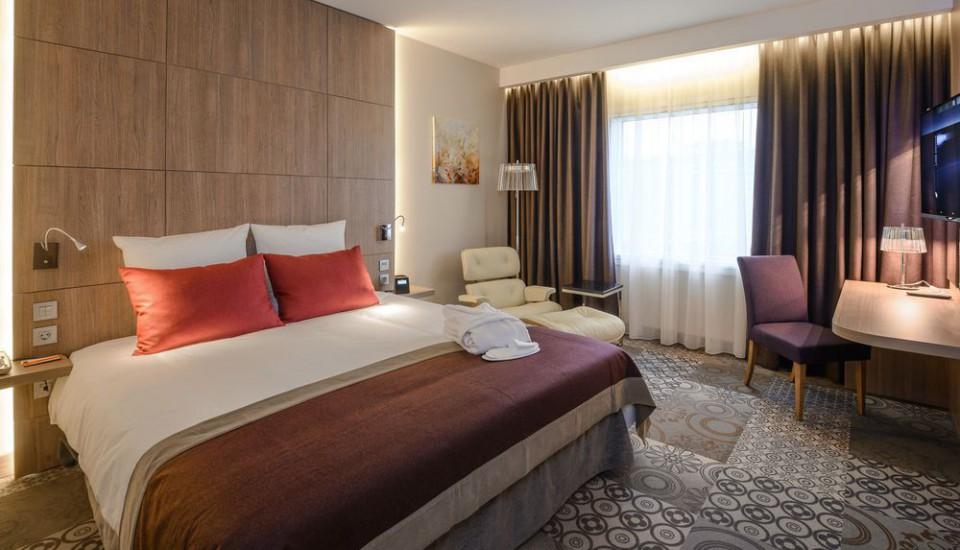 Замена стояков отопления в гостинице Novotel